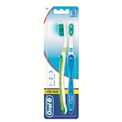 Extra Value Cepillo Dental de Oral-B