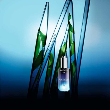 Blue Therapy Accelerated Serum de BIOTHERM