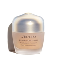 Future Solution LX Total Radiance Foundation de Shiseido